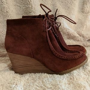 0e2b3f3e9e3 Lucky Brand Shoes - Ysabel Wedge Bootie